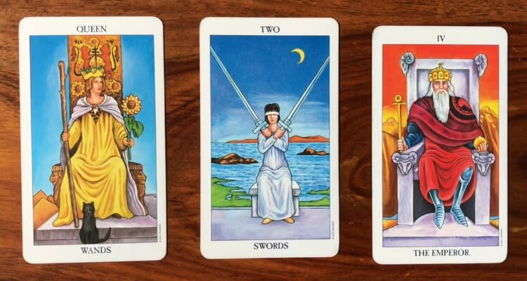 intuitive-tarot-reading-22-november-2016_omtimes